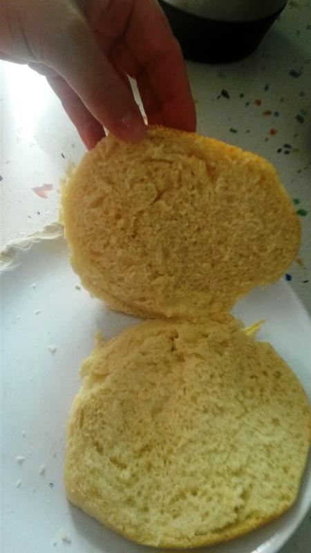 Hamburguesas de pollo,magro y zanahorias con pan de leche y cebolla caramelizada con Thermomix®