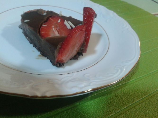 Tarta rapida Oreo,crema chocolate y fresas con Thermomix®