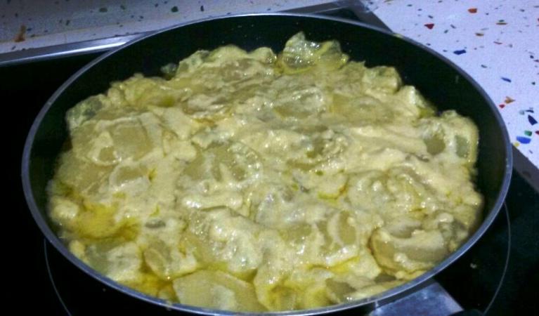 Tortilla de patatas sin huevo con Thermomix®