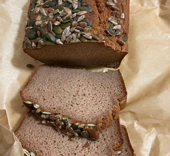 Pan de trigo sarraceno y yogur