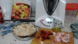 Migas con chorizo y uvas con Thermomix®